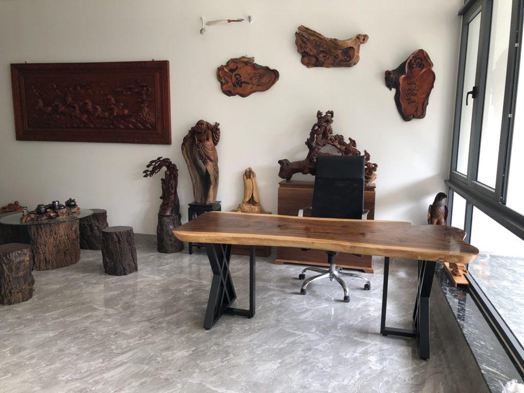 bàn gỗ me tay nguyên khối