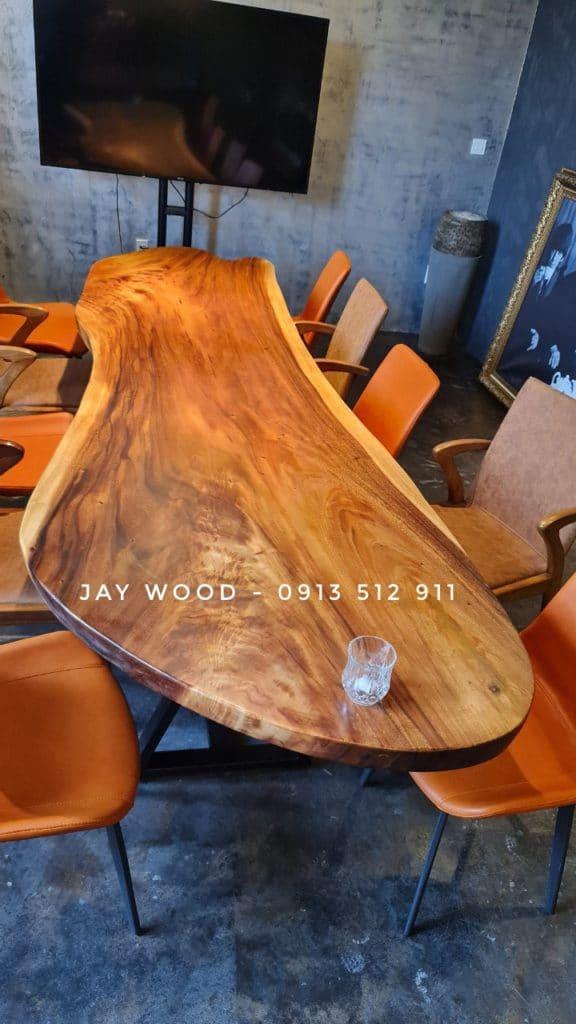 bàn họp gỗ tự nhiên nguyên tấm